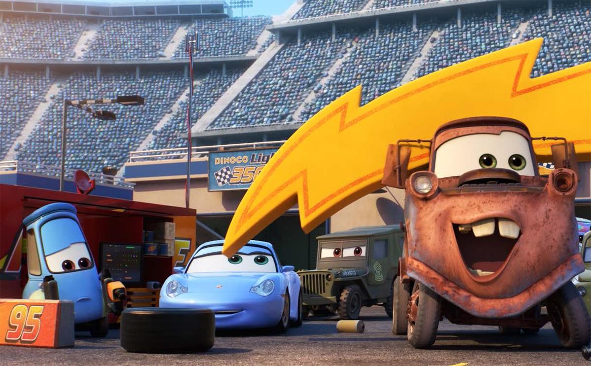 Martin la dépanneuse et Sally dans Cars 3