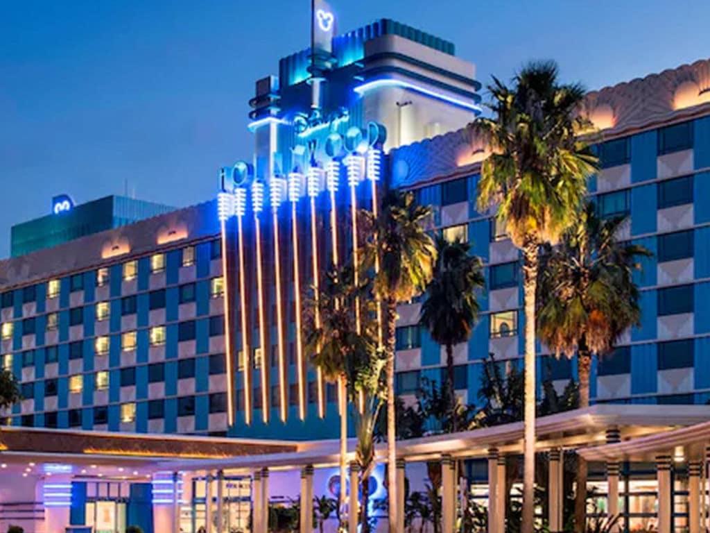 Hollywood Hotel, Hong Kong Disneyland