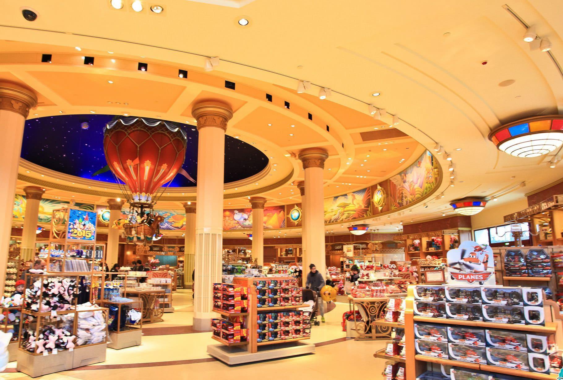 Boutique World of Disney à Disneyland Paris