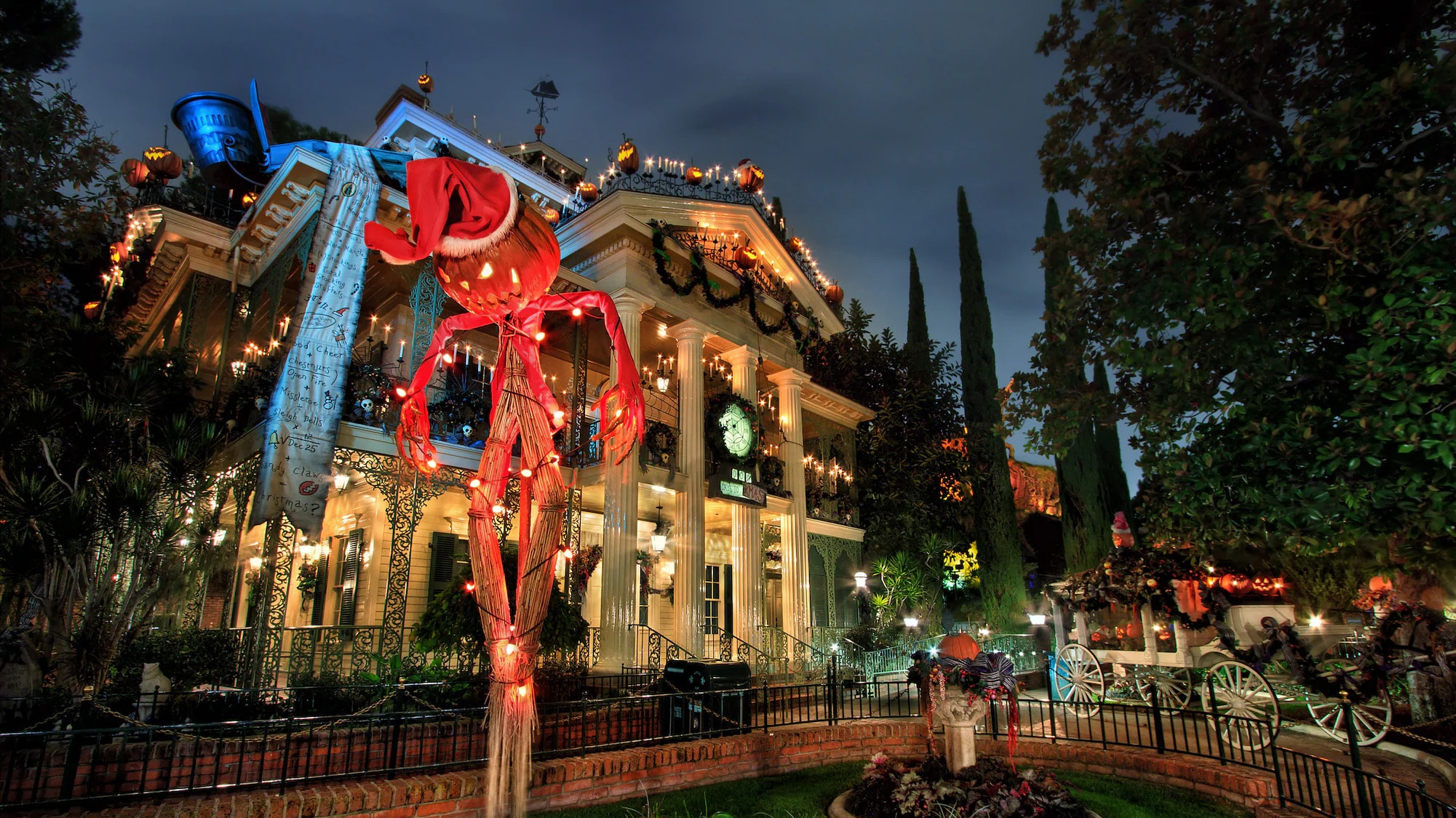 Haunted Mansion Holiday à Disneyland (Californie)