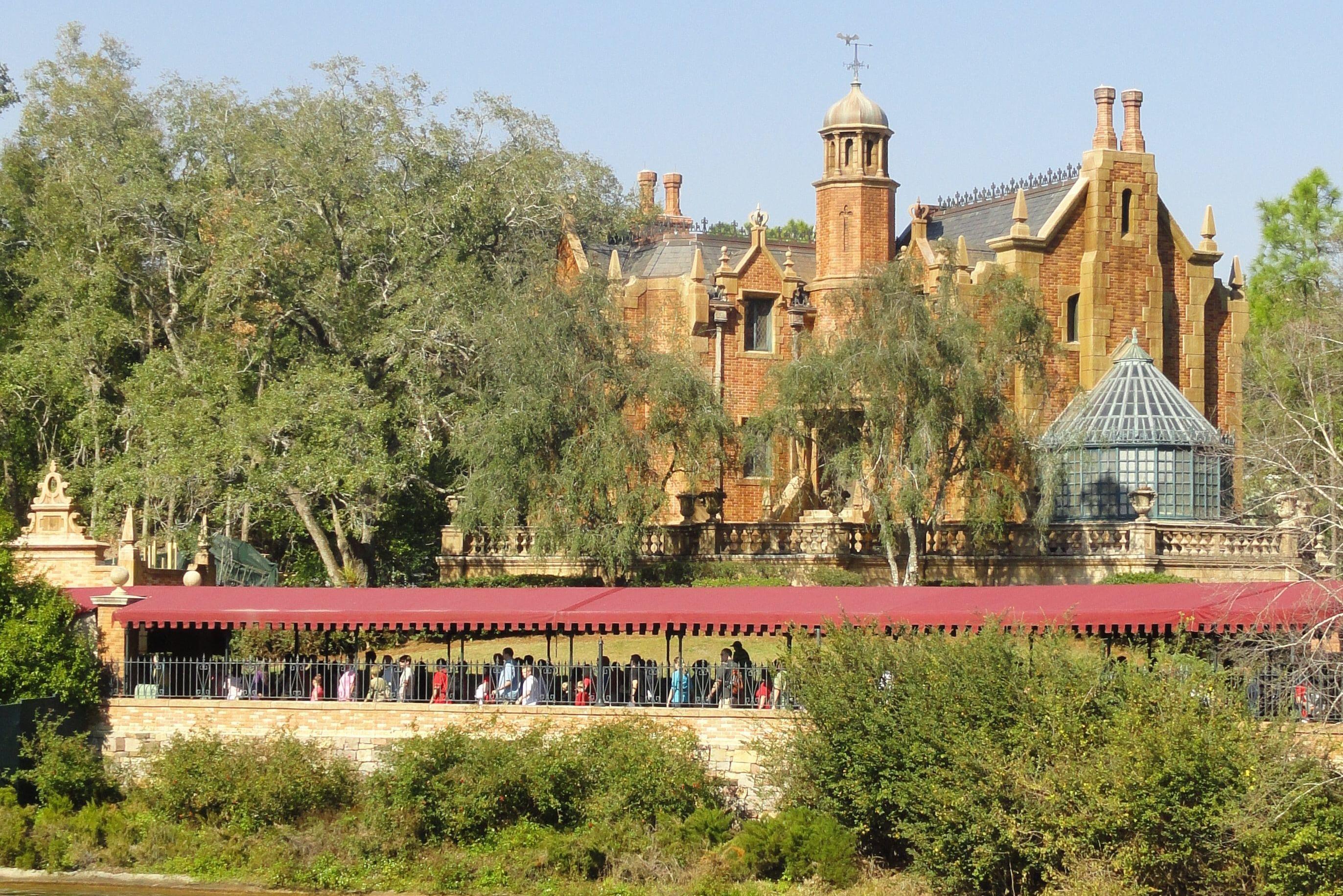 Haunted Mansion à Magic Kingdom (Walt Disney World)