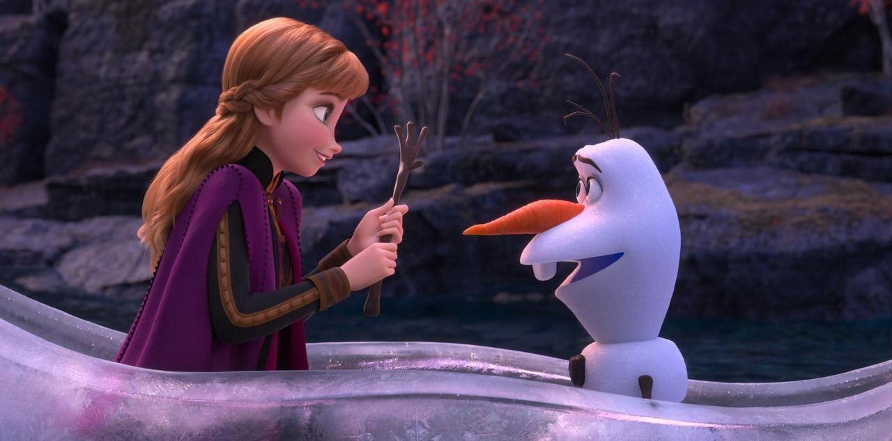 Anna et Olaf dans La Reine des Neiges 2